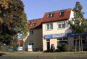 Geschäftssitz mit Ladenschäft in Berlin Mahlsdorf