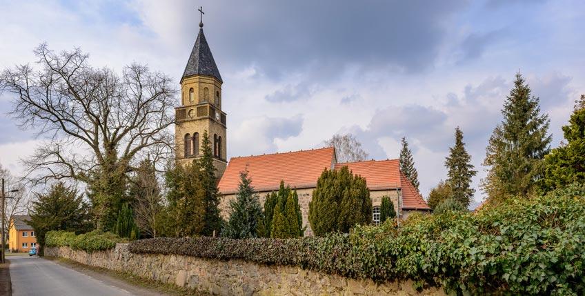 Dorfkirche in Karow, älteste Kirche im Berliner Teil des Barnim Berlin Karow