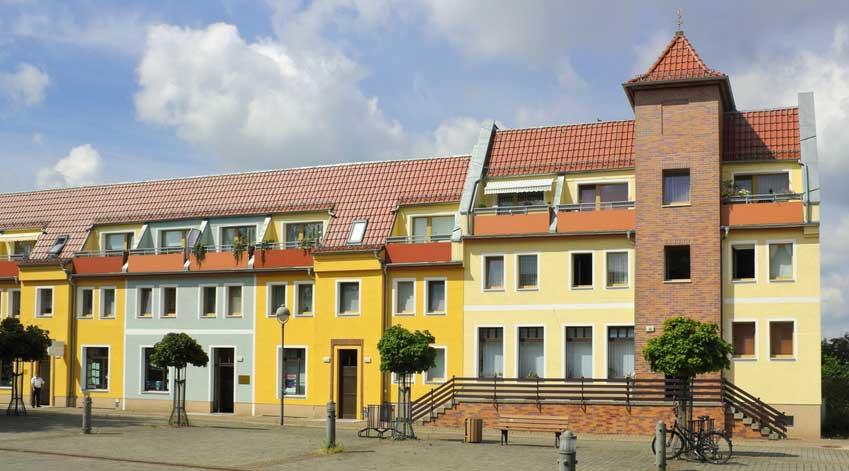 Moderne Häuserzeile in Oranienburg